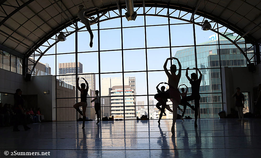 Ballet-silhouette-group